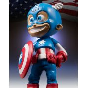 Gentle Giant Capit�o America Skottie Young Animated Statue